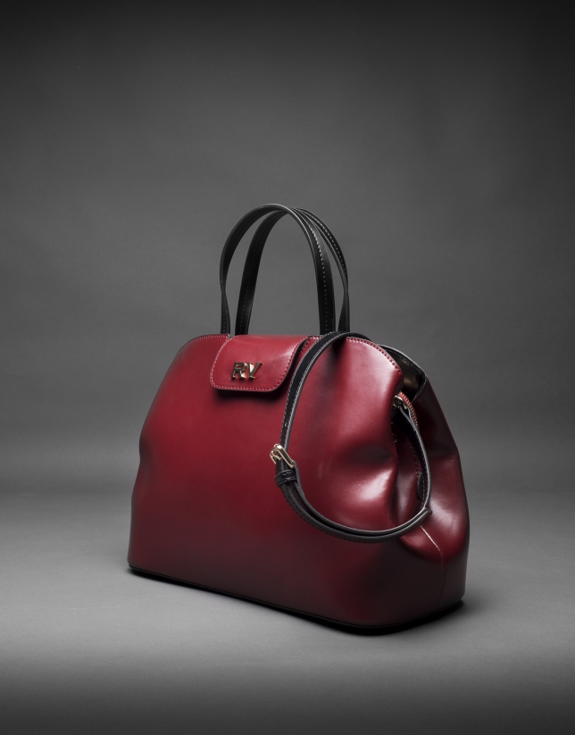 Stiff leather, black and burgundy Ryan bag