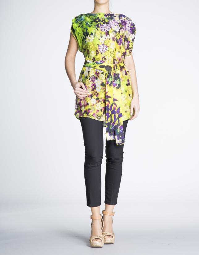 Blusón largo de seda y lino estampado floral.