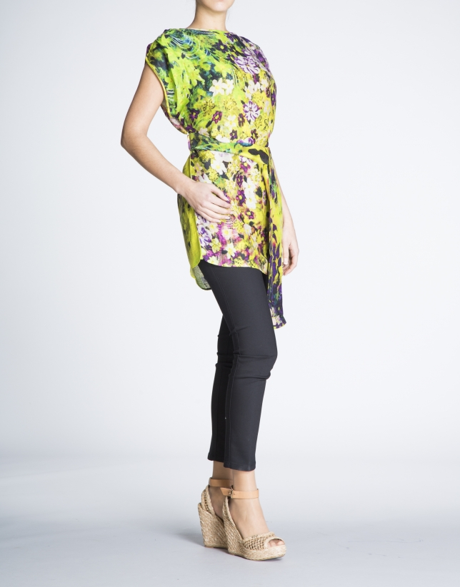 Loose, long floral print silk and linen blouse