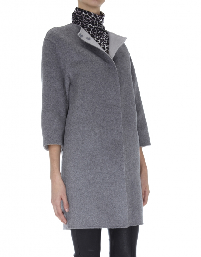 Abrigo doble faz gris