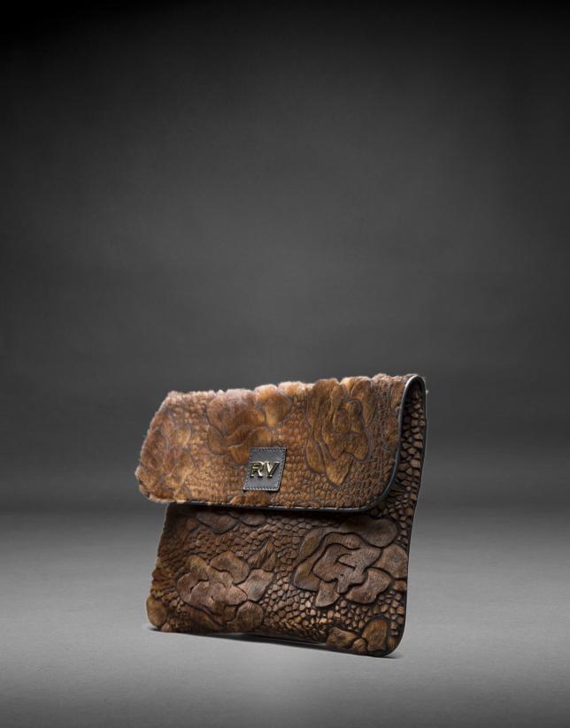 Bolso Miranda Soft  en napa negra y pelo troquelado fastasía flor en tostados