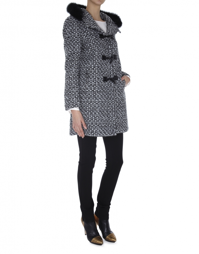 Black and white print parka with hood and loop closures