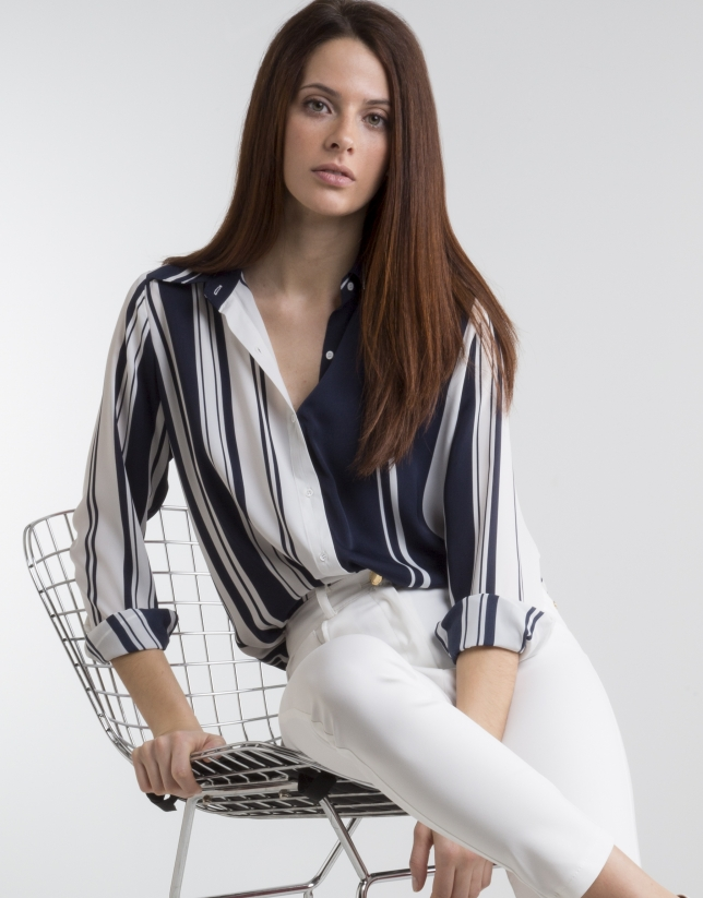 Blue/white straight shirt