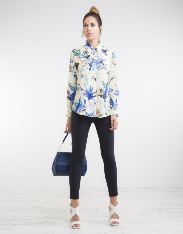 333a982fb6 Camisa estampado flores azules - Mujer