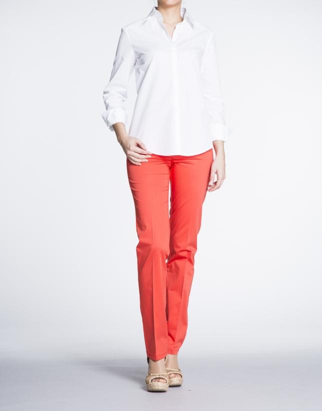 Chemise à manches longues, blanche en coton