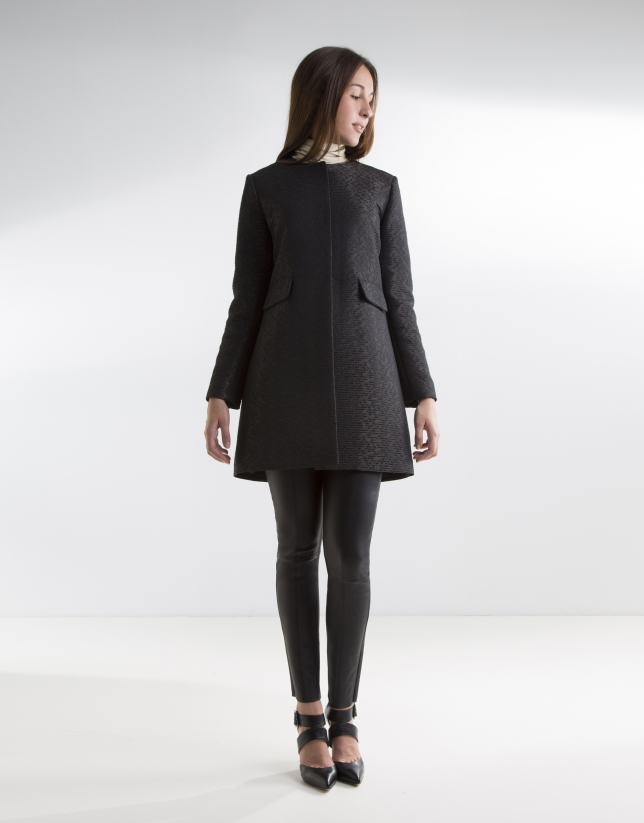 Abrigo negro jacquard