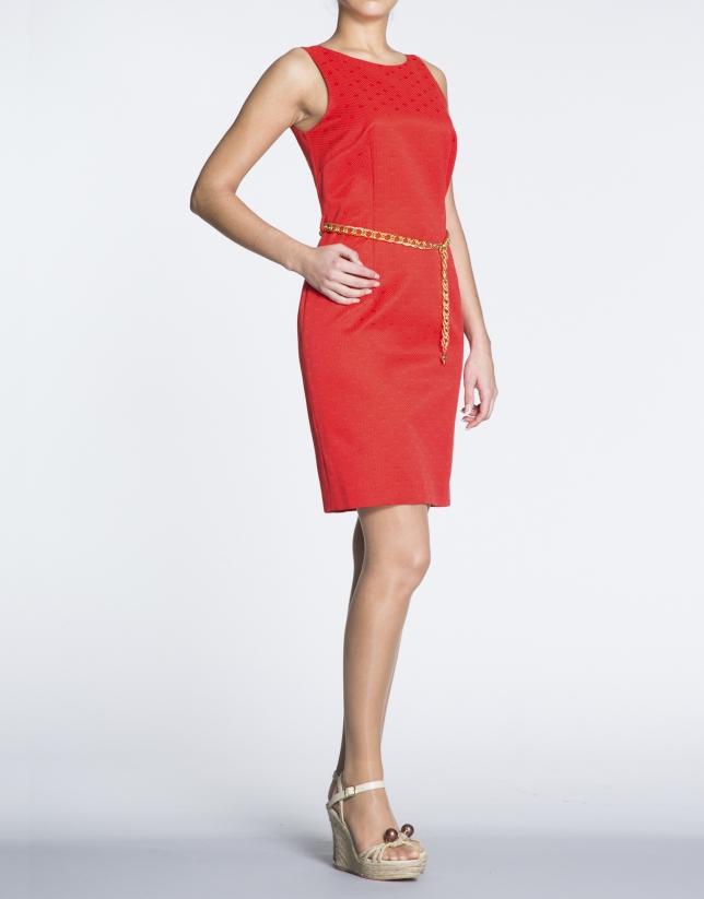 Vestido recto cloqué puntos  rojo geranio.