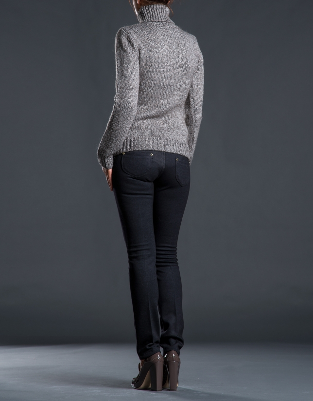 Heavy knit gray sweater