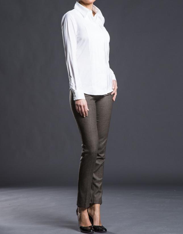 Camisa blanca tablas
