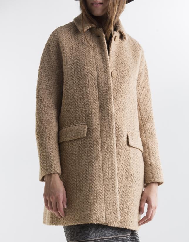 Manteau court couleur camel