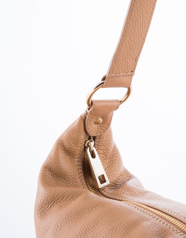 Petra : hobo en cuir vachette couleur chameau