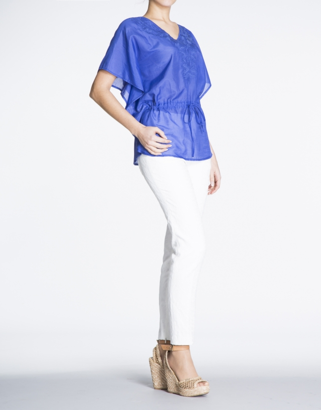 Klein blue loose blouse with embroidered leaves