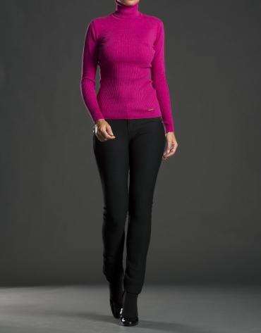 Fine knit fuchsia sweater