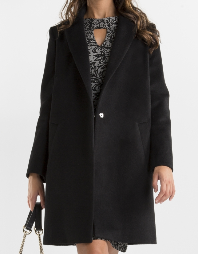 Short black coat