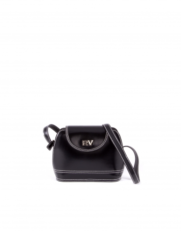 Encarna black leather bag.