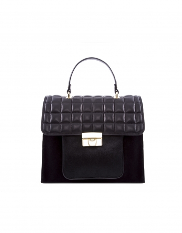 Oscar  bag with quilted flaps.