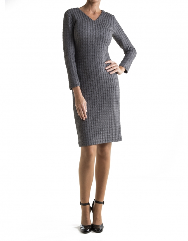Gray hound's tooth print, long sleeved dress