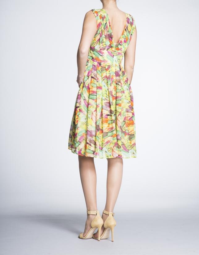 Robe encolure en V, taille haute, motif floral.