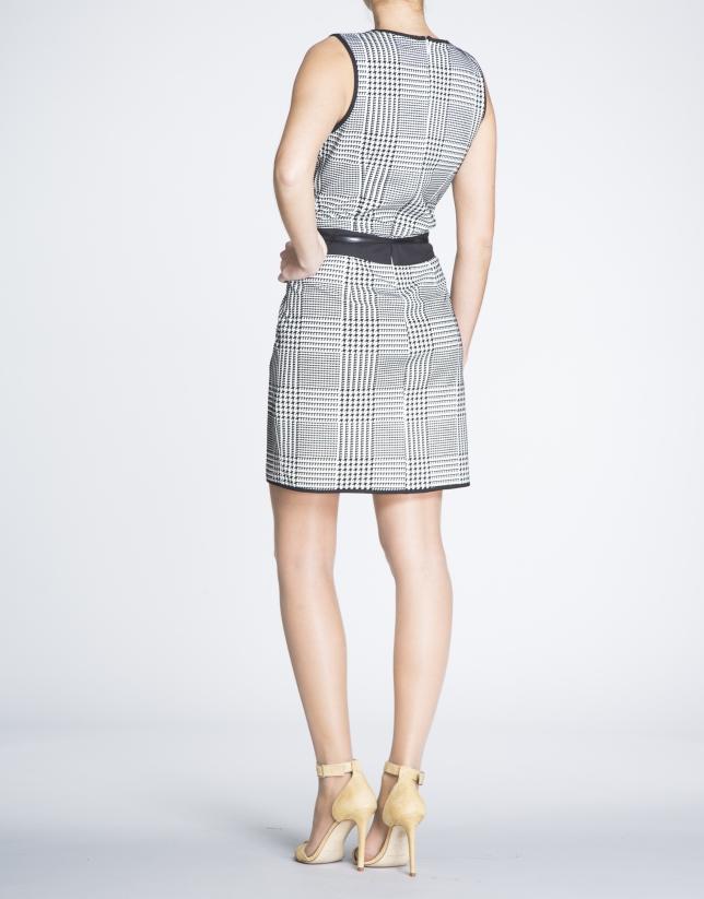 Vestido recto sisas estampado Vichy.