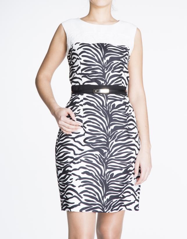Vestido recto sisas print animal y encaje.
