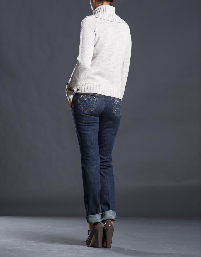 Beige rhombi knit sweater