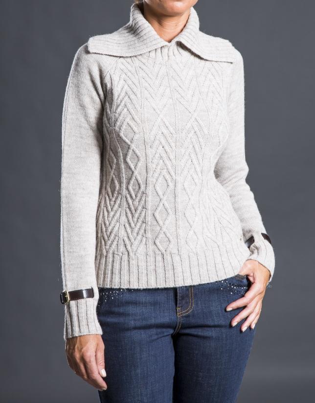 Jersey beige knit rombos