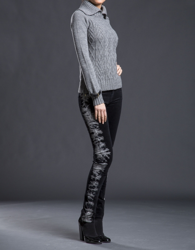 Jersey gris knit rombos