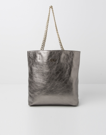 Metalized leather shopping bag