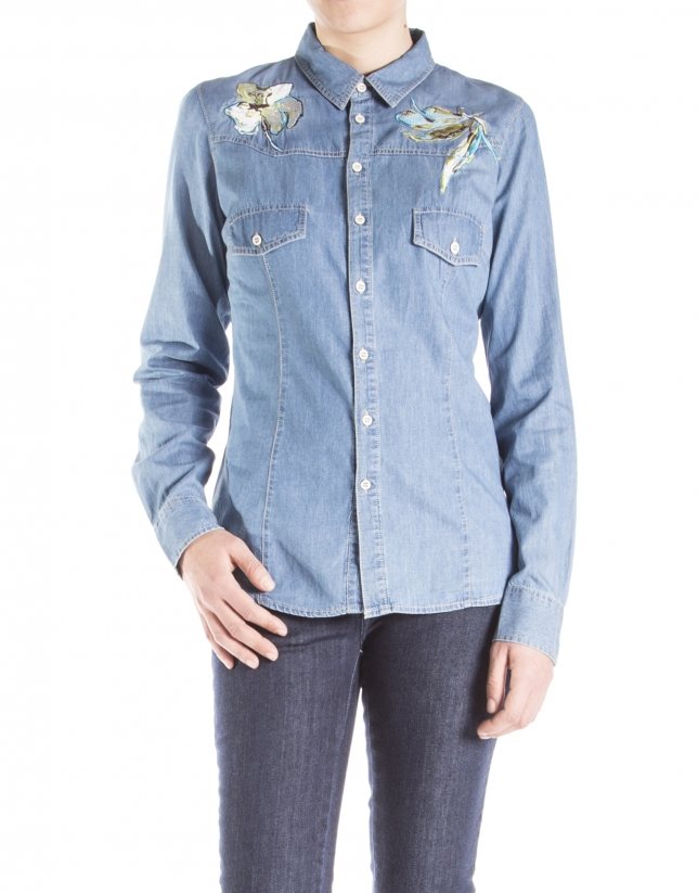 Camisa denim bordado flor