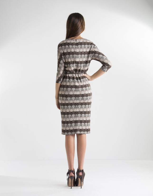 Brown geometric print knit dress