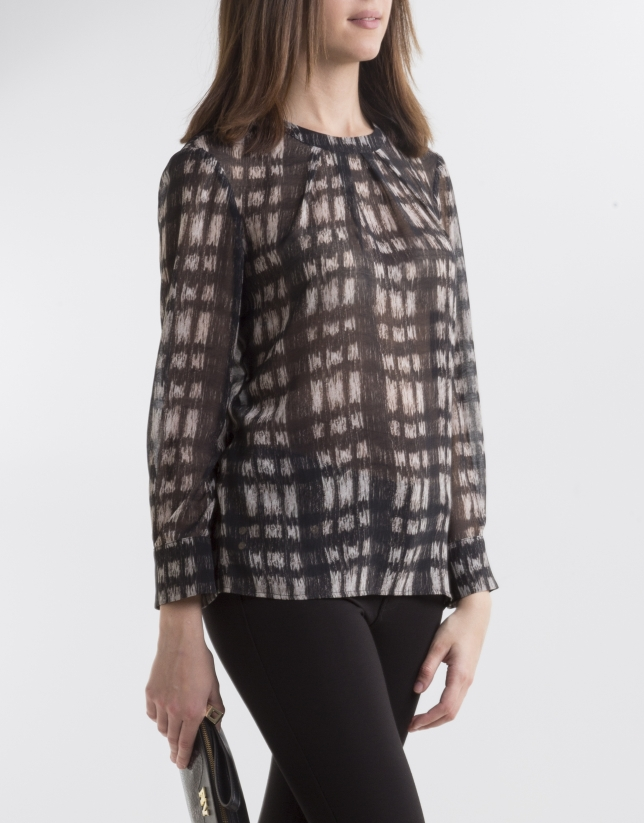 Black/beige check blouse
