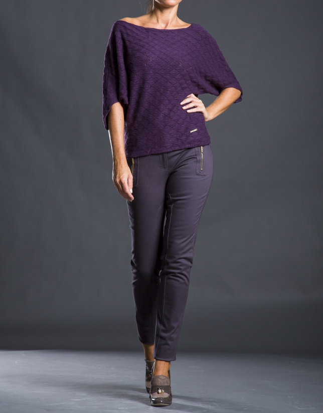 Aubergine bee hive sweater