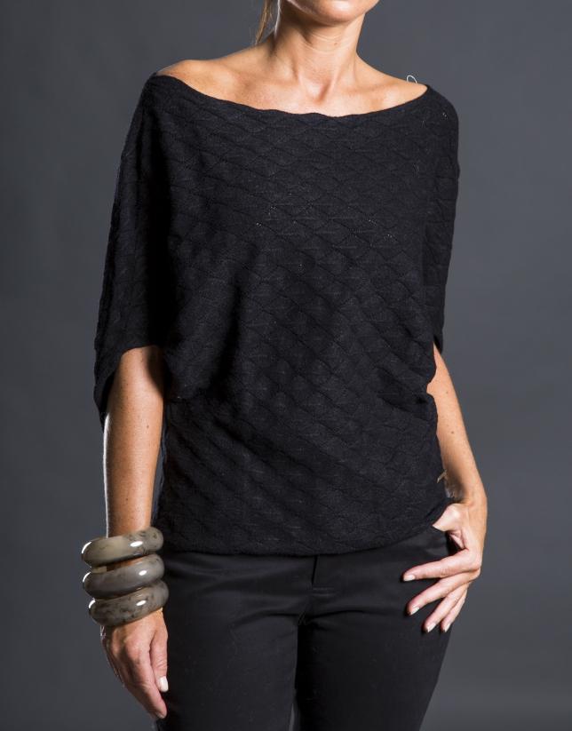 Black bee hive sweater