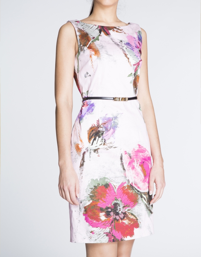 Pink sleeveless straight dress with floral print.