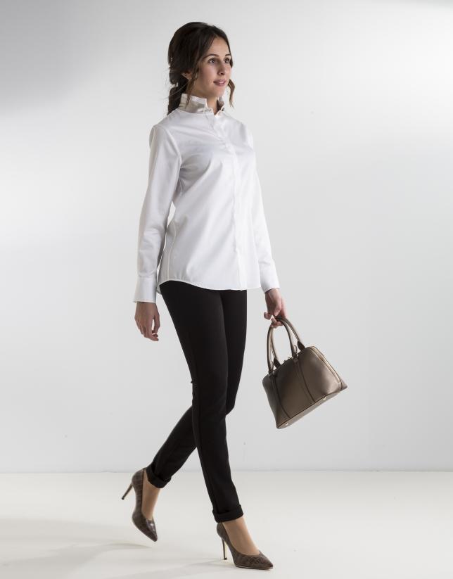 chemise blanche col mao femme roberto verino. Black Bedroom Furniture Sets. Home Design Ideas