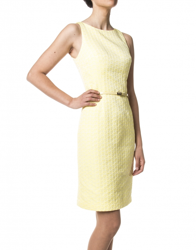 Vestido jacquard amarillo escote fantasía