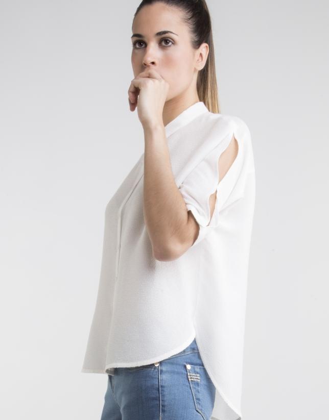 Off-white straight shirt