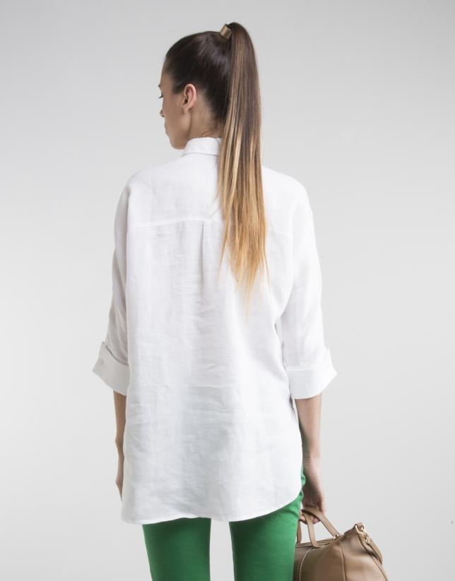White shirt with three quarter sleeves