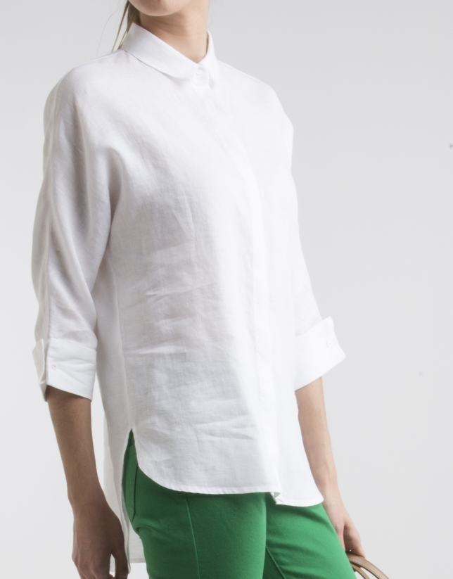 White shirt with three quarter sleeves