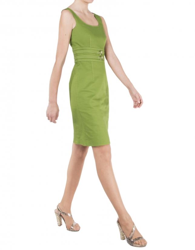 Robe verte à bretelles