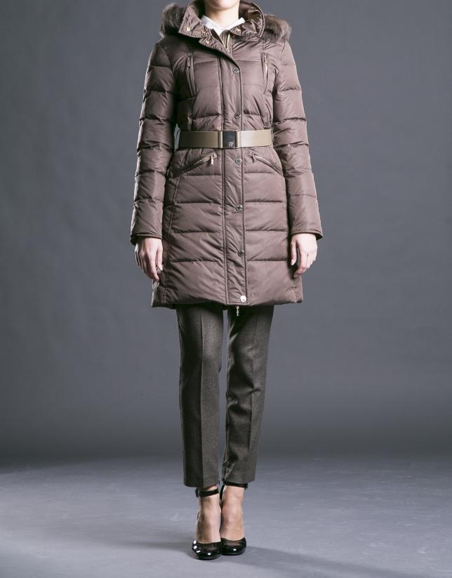 Long camel ski jacket