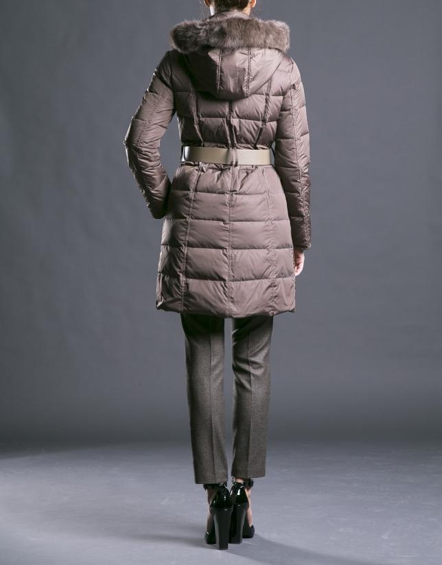 Manteau duvet long camel