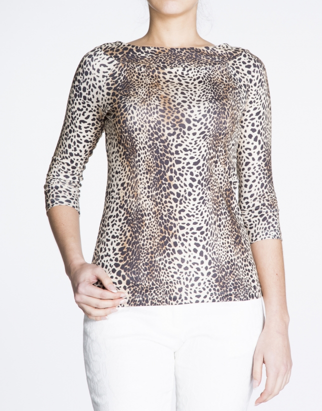 Animal print boat neck top