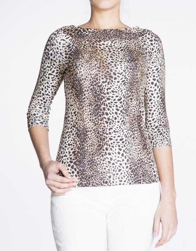 Camiseta cuello barco animal print