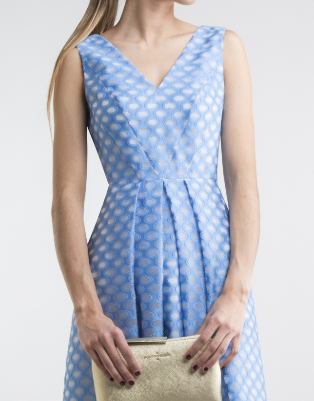 Robe bleue encolure en V