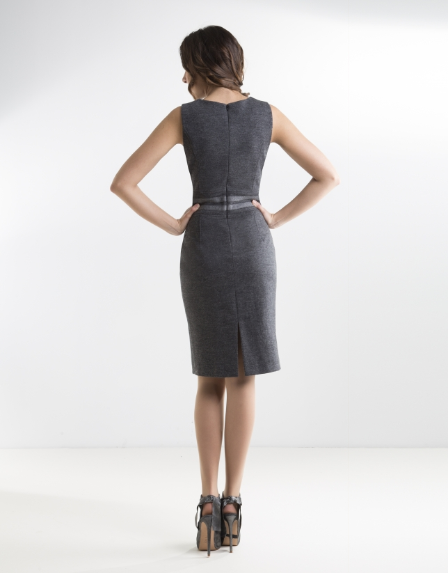 Gray fitted dress with belt