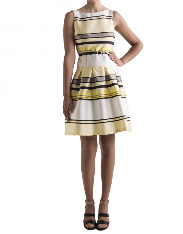 Vestido amarillo con rayas