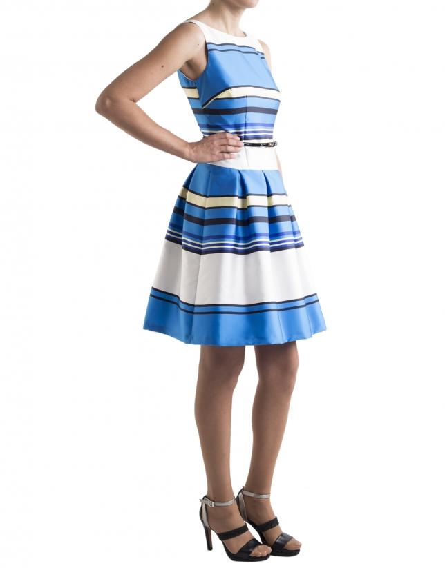 Vestido azul con rayas