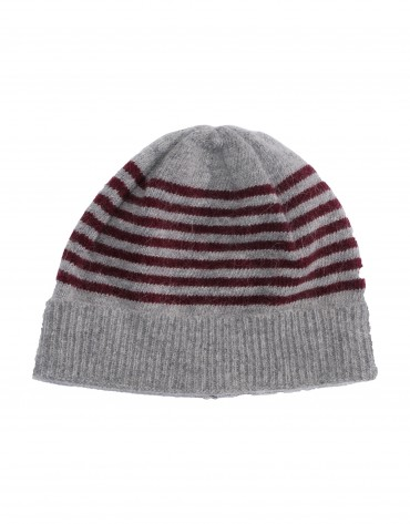 Grey and bordeaux stripe knitted cap.