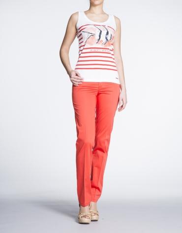Camiseta de tirantes con estampado marinero en rojo geranio.